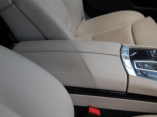BMW750車内クリーニング