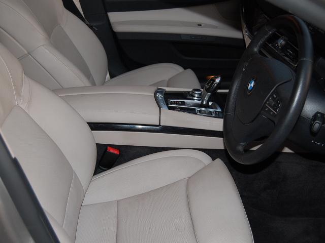 BMW750i内装クリーニング