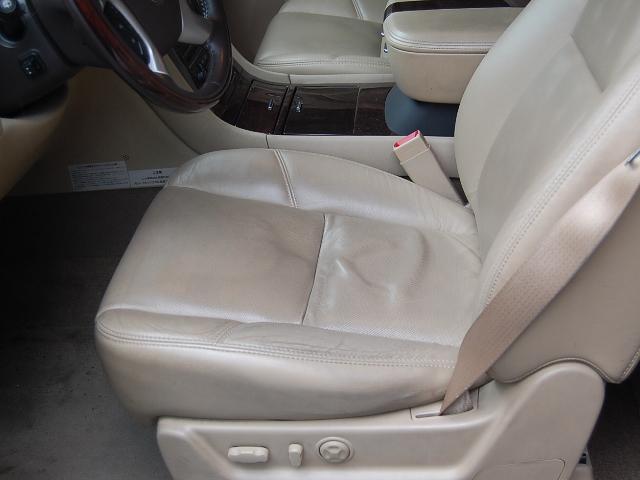 キャデラックエスカレード運転席シート