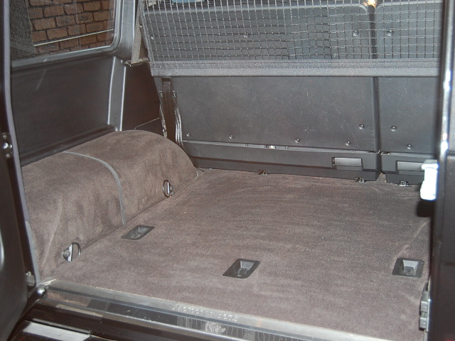 ベンツG550トランクルーム