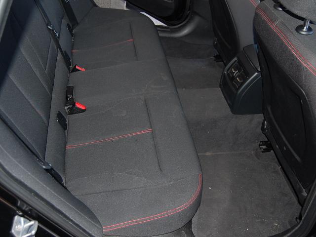 BMW320GT後ろシート