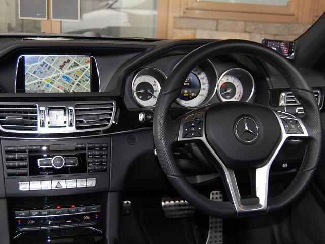 ベンツE350アバンギャルドAMGスポーツPKG内装