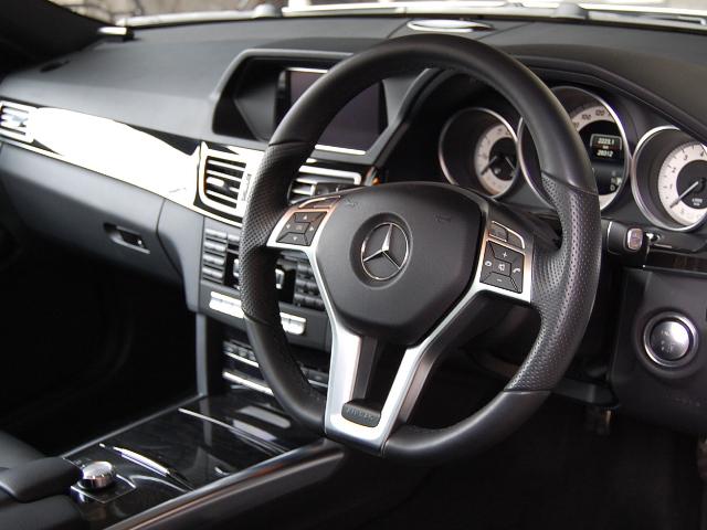 メルセデス・ベンツE350アバンギャルドAMGスポーツPKG運転席ハンドル