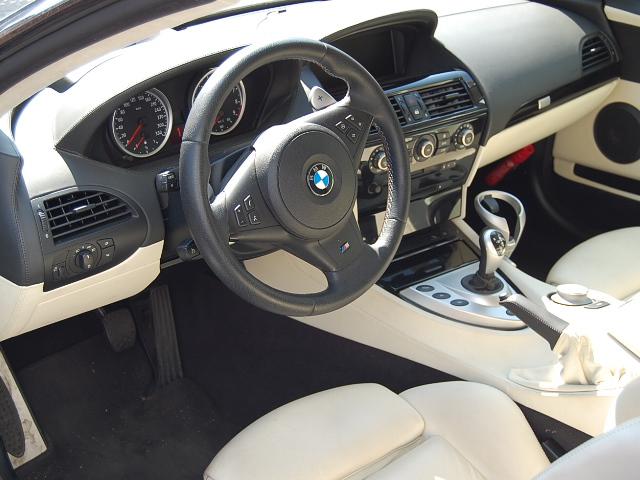 BMW M6運転席クリーニング前