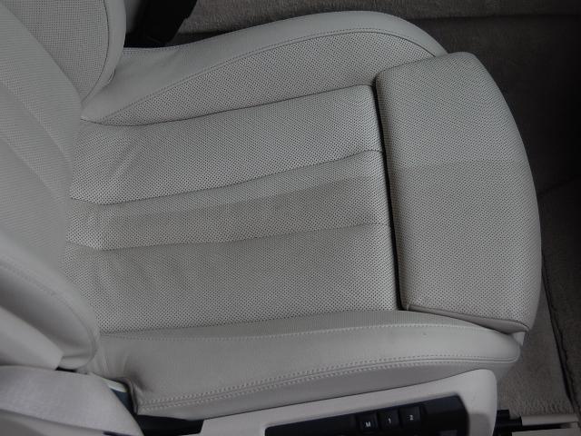 BMW650カブリオレの助手席レザー