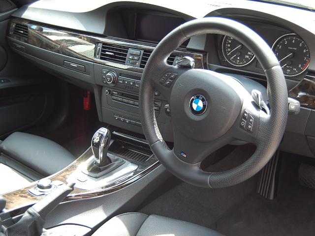 BMW335クーペ運転席