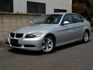 2009年BMW320