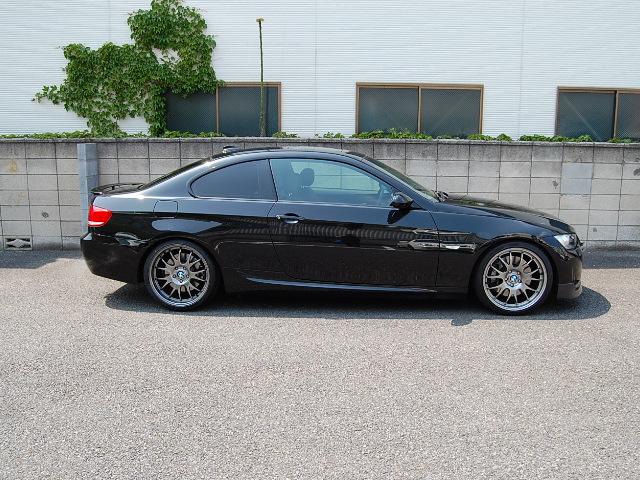 BMW335クーペ右側面