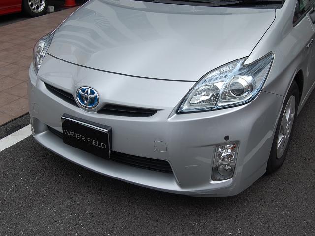 トヨタプリウスの車内クリーニング例