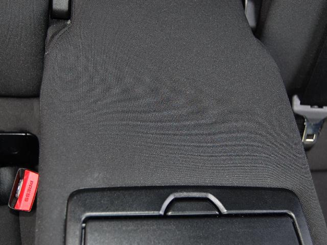 BMW320d肘掛清掃の前